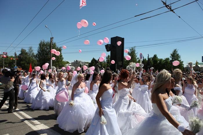 Свадебные вечерние платья в Иваново. Парад невест