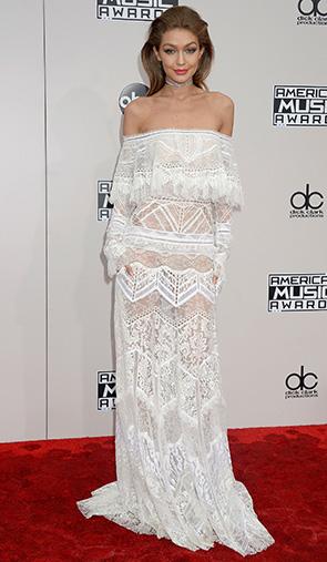 Джиджи Хадид на красной дорожке American Music Award. Блог GraceEvening