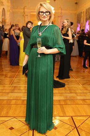 Фото Эвелина Хромченко в зеленом платье