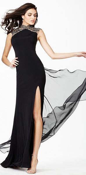 Черное платье со шлейфом Jovani