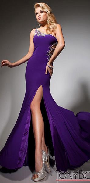 Стильное фиолетовое платье Tony Bowls