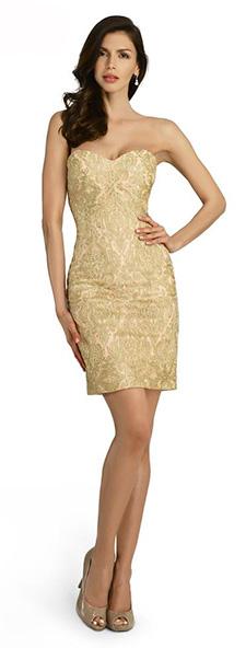 Золотое платье прямого силуэта Morell Maxie