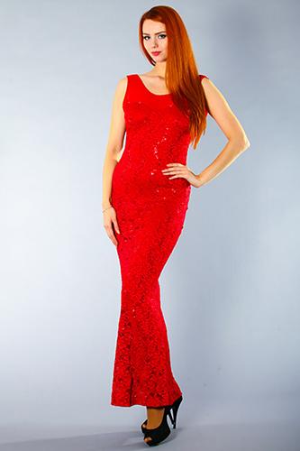 Красное гипюровое платье силуэт рыбка