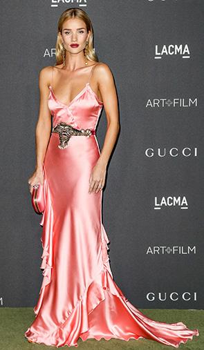Шелковое платье Роузи Хангтингтон-Уайтли. Блог GraceEvening