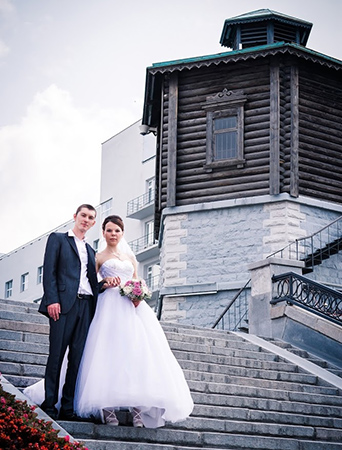 Исторический сквер. Вечерние платья в Екатеринбурге фото