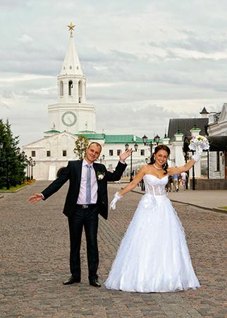 Казанский кремль. Свадебные вечерние платья в Казани фото