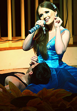 Певица Анастасия Гришина в платье из нашего салона